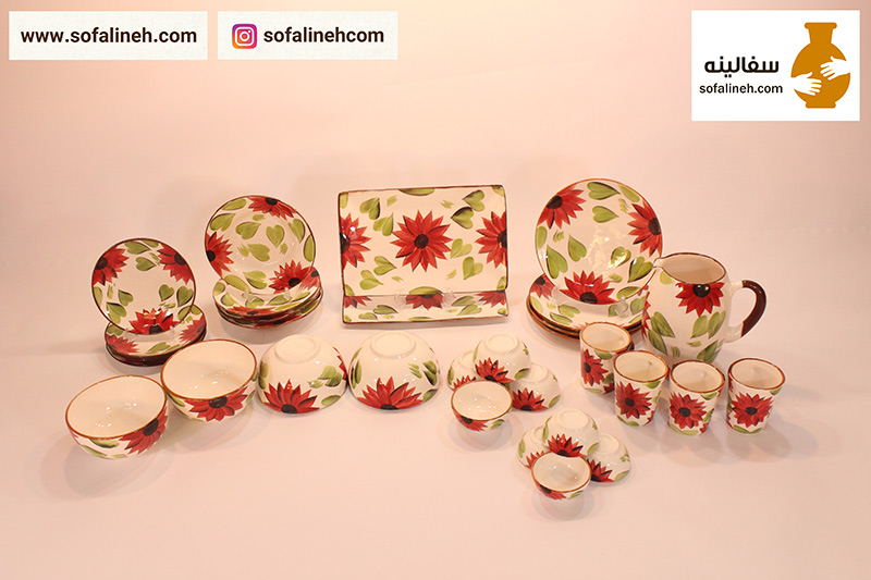 ست ظروف سرامیکی چهار نفره گلدار قرمز
