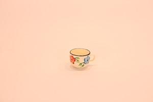 قندان و فنجان سرامیکی